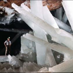 Mexique : Bienvenue dans la grotte cristalline de Naïca !