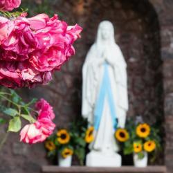 Chaque année en décembre, un grand pélerinage catholique se déroule au Chili !